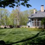 Lakeville – elegant stone walls